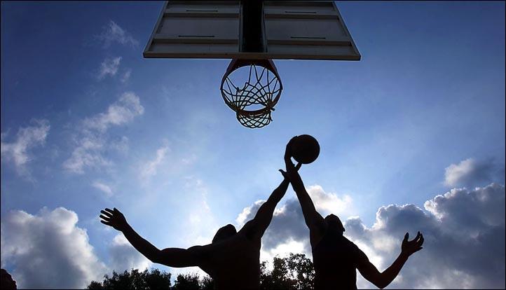 6359464693365503891966175787_pickup basketball