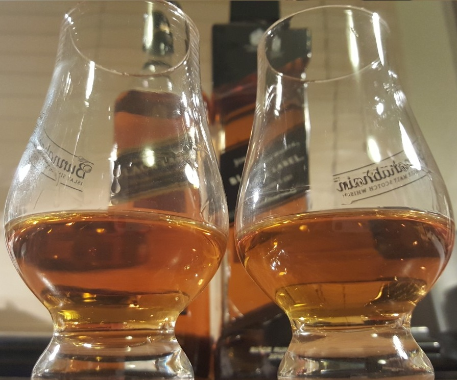 whiskey-glasses-glencairn-comparison-johnnie-walker-black-label-the-directors-cut